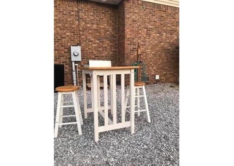Bistro set table/bar